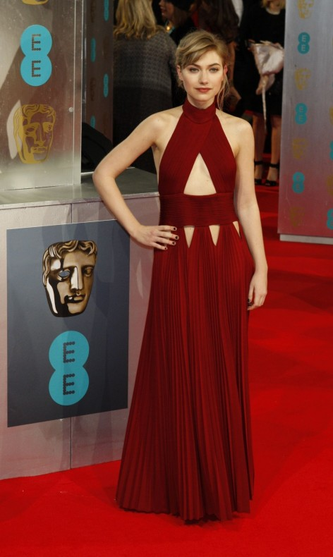 Imogen Poots Bafta Awards Beach