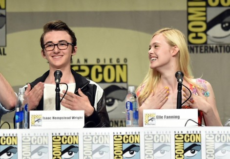 Conventions et autres sorties Elle-fanning-and-isaac-hempstead-wright-at-event-of-the-boxtrolls-large-picture-1361189589