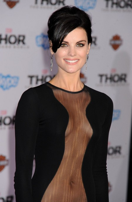 Jaimie Alexander At Thor The Dark World Premiere In Hollywood