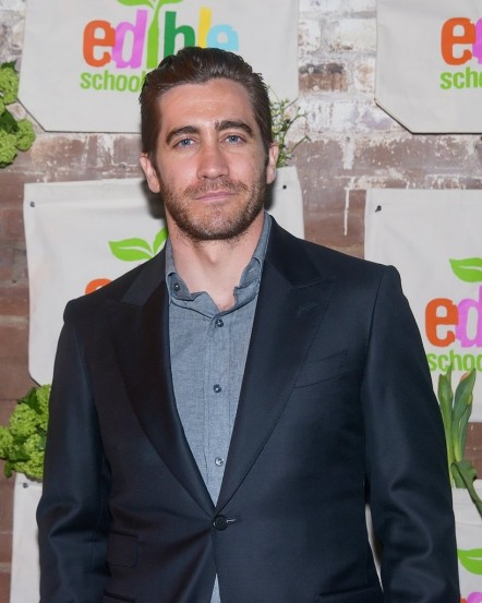 Jake Gyllenhaal Attends Edible Schoolyards Benefit Nyc Fashion