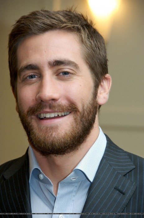 Jake Gyllenhaal Body