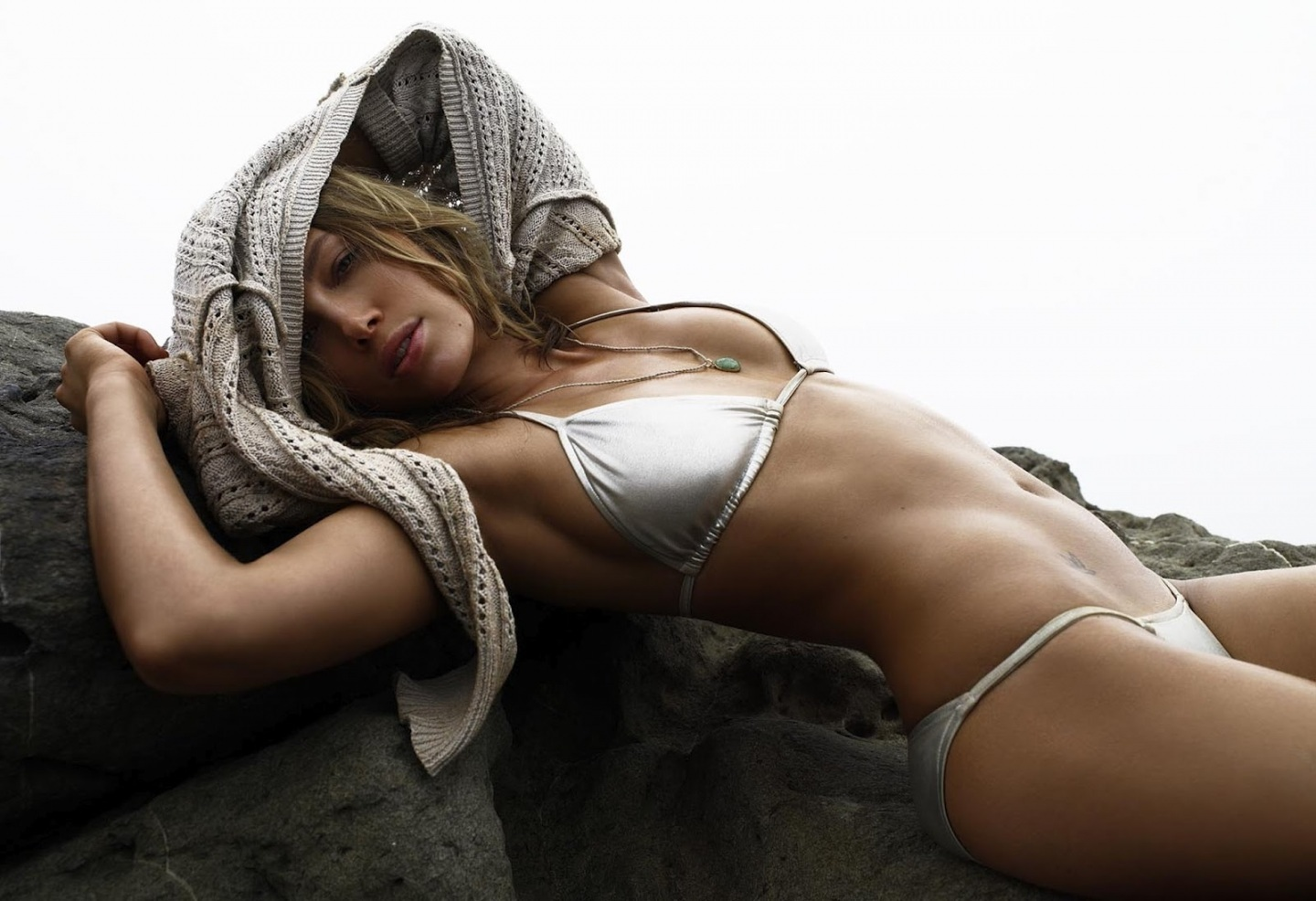 Jessica Biel Bikini Photoshoot For Gq Magazine Sexy