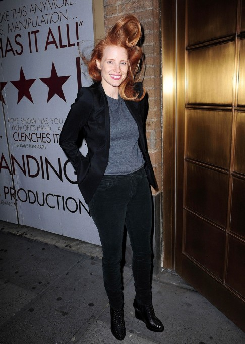 Jessica Chastain Leaving The Walter Kerr Theater In New York Beach