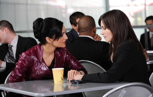 Picture Of Archie Panjabi And Jill Flint In The Good Wife Large Picture
