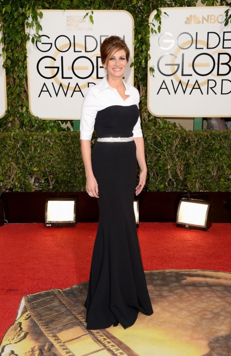 Julia Roberts Golden Globe Awards Red Carpet Photos