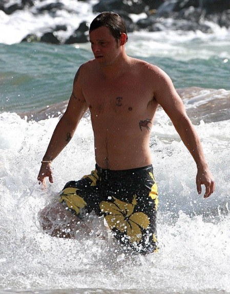 Shirtless Photos Justin Chambers Hawaii