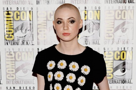 Doctor Who Karen Gillan Amy Pond Enleve Haut Vaijst Film