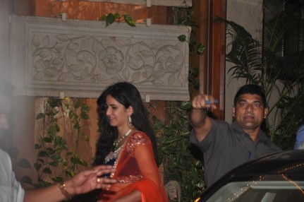 Jhuocgrrtphbzm Katrina Kaif Snapped Arriving At Bachchan Family Hosted Diwali Party At Jalsa Bungalow  Family
