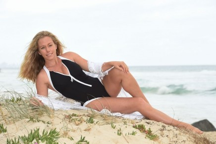 Kendra Wilkinson Photo Shoot At Beach In Queensland Australia Beach