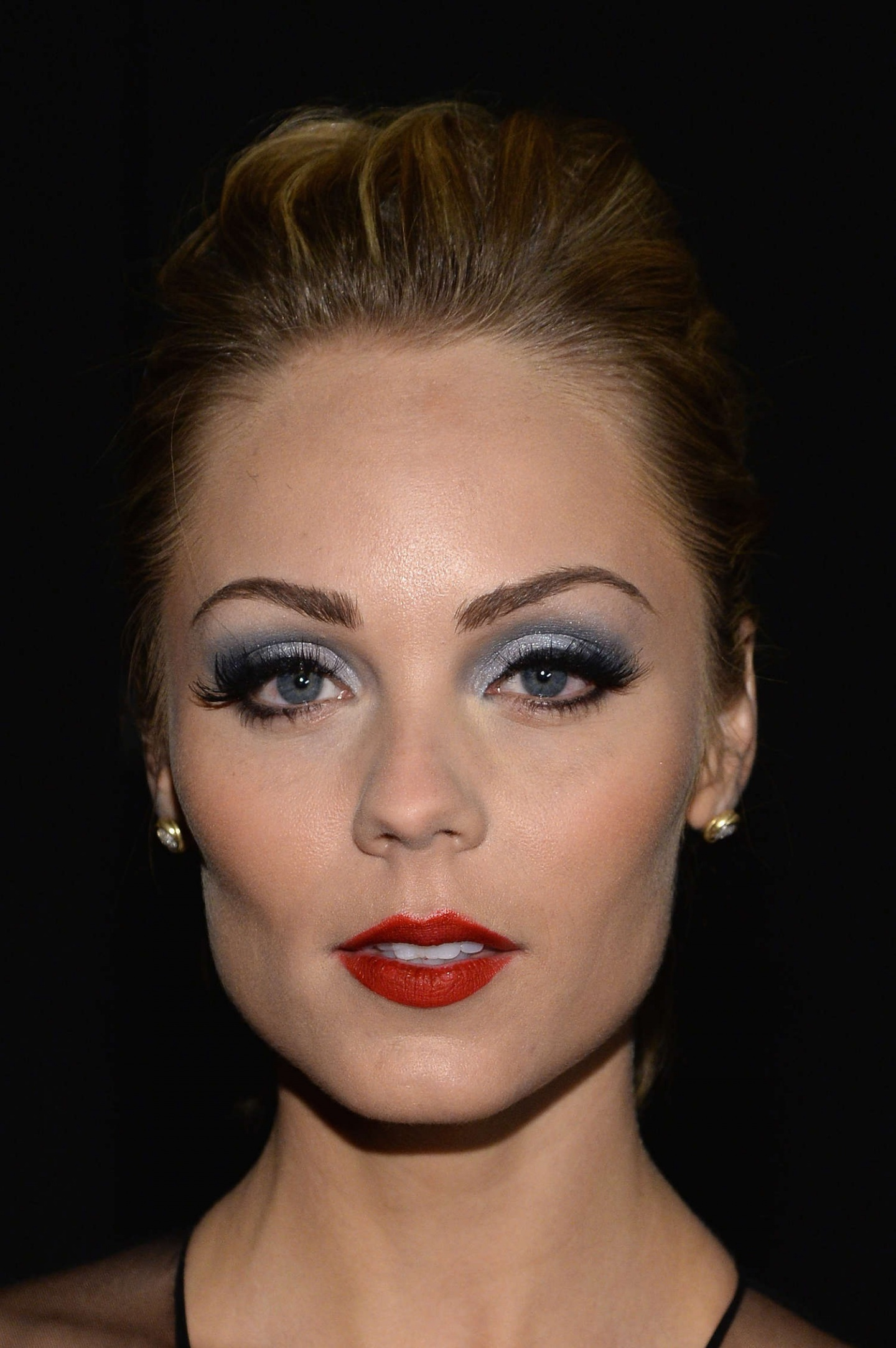 Laura Vandervoort Fashion Show In Nyc Naeem Khan