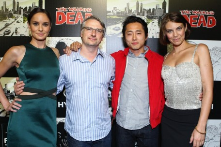 Sarah Wayne Callies Lauren Cohan And Steven Yeun In The Walking Dead Invazia Zombi Large Picture And Steven Yeun
