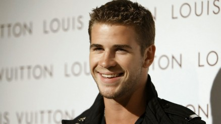 Liam Bhemsworth Bwallpapers