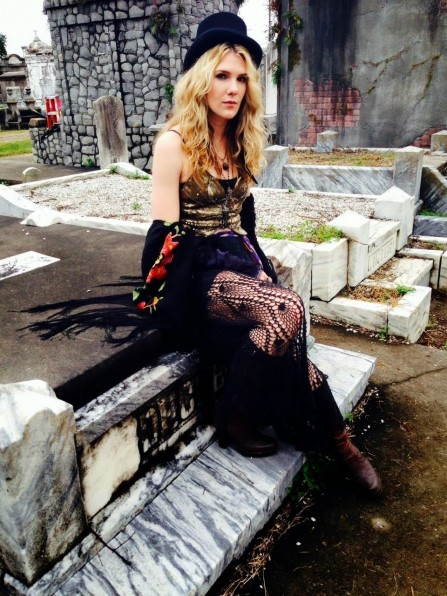 Lily Brabe Bmisty Bday Bamerican Bhorror Bstory Bcoven