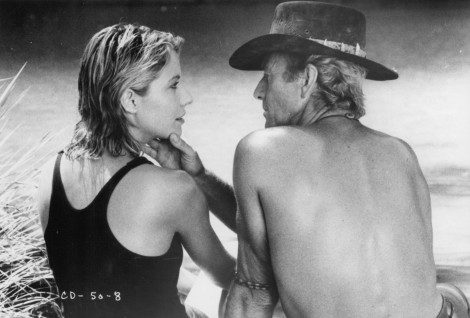 Still Of Paul Hogan And Linda Kozlowski In Crocodile Dundee Large Picture Films