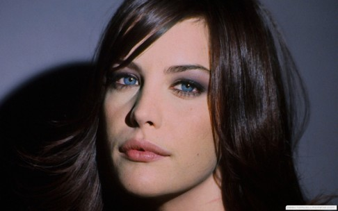 Liv Tyler Red Lips