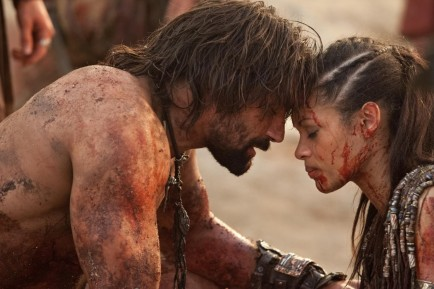 Picture Of Manu Bennett And Cynthia Addai Robinson In Spartacus Blood And Sand Large Picture
