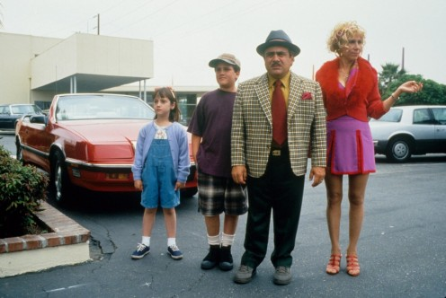 Still Of Danny Devito Rhea Perlman And Mara Wilson In Matilda
