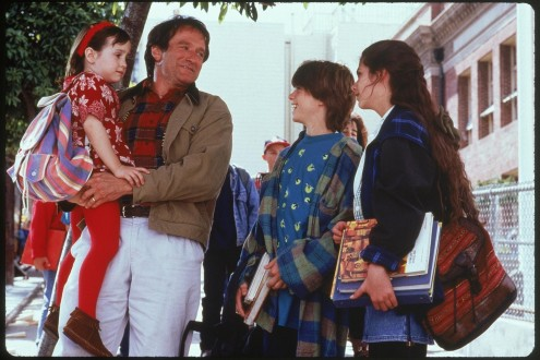 Still Of Robin Williams Lisa Jakub Matthew Lawrence And Mara Wilson In Mrs Doubtfire Large Picture