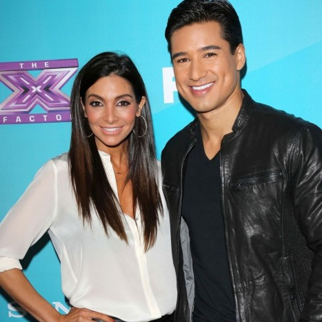 Wedding Cake Wedding Ideas Wedding Dresses Photos Of American Actor And Actress They Are Mario Lopez And Courtey Mazza Photos Of Mario Lopez And Cortney Mazza In Their Wedding Celebration Wedding