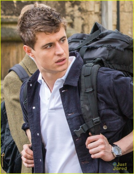 Max Irons Posh Set