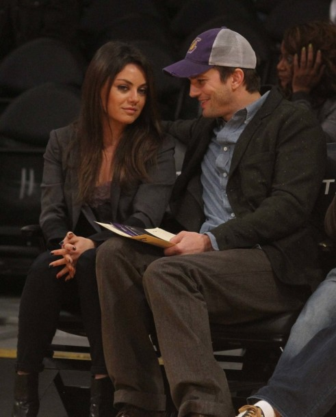 Mila Kunis Ashton Kutcher Lake