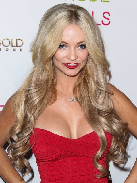 Mindy Robinson Red Hot