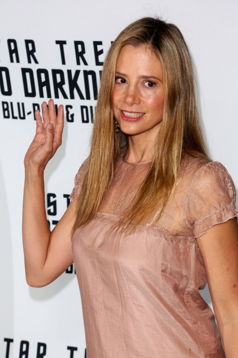 Mira Sorvino Star Trek Into Darkness Blu Ray Dvd Release Event In La