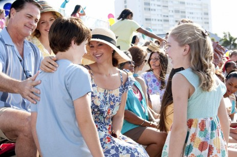 Picture Of Ashley Judd Nathan Gamble And Cozi Zuehlsdorff In Dolphin Tale Large Picture And Cozi Zuehlsdorff