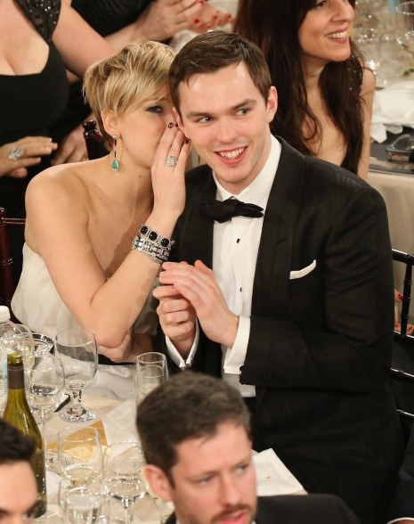 Jennifer Lawrence Whispered Something Her Boyfriend Nicholas Hoult And Jennifer Lawrence