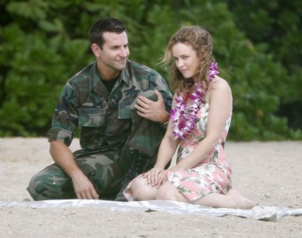 Bradley Cooper Rachel Mcadams Set Hawaii Beach