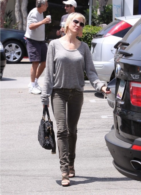 Renee Zellweger Current Elliott Corduroy Jeans Louis Vuitton Denim Bag Jt Body