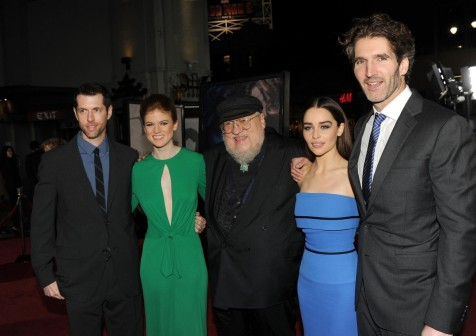 Conventions et autres sorties George-martin-david-benioff-weiss-rose-leslie-and-emilia-clarke-in-urzeala-tronurilor-large-picture-emilia-clarke-1345260653