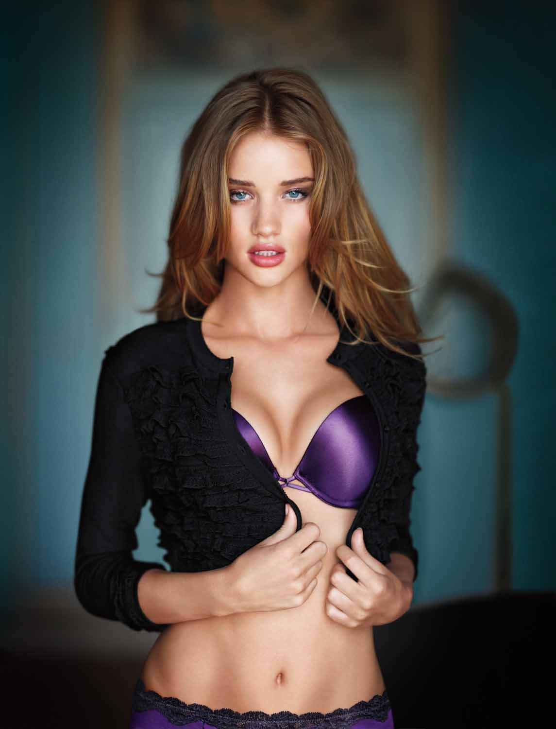 Rosie Huntington Whiteley Desktop Wallpaper Overallsite