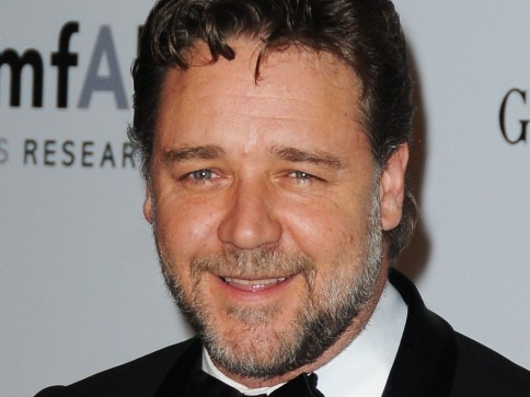 Russell Crowe No Amfars Cinema Against Aids Benefit Gala Em Antibes Na Franca