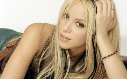 Shakira Golden Hair