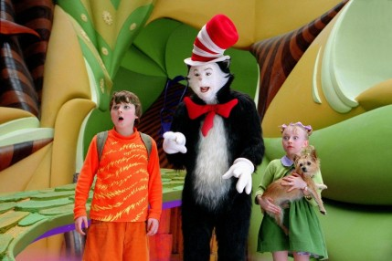 Still Of Mike Myers Spencer Breslin And Dakota Fanning In Dr Seuss The Cat In The Hat Large Picture