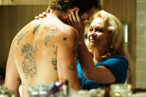 Picture Of Sullivan Stapleton And Jacki Weaver In Animal Kingdom Large Picture