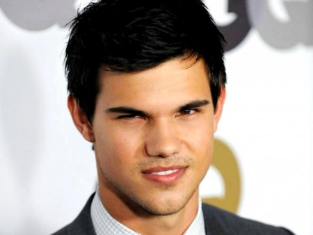 Taylor Lautner In Manila Philippines For Bench August