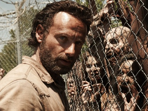 Its Official The Walking Dead Will Be Back For Fifth Season Season