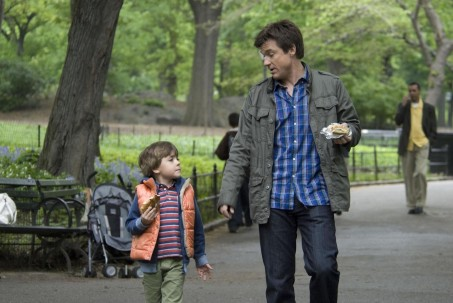 Still Of Jason Bateman And Thomas Robinson In The Switch Large Picture