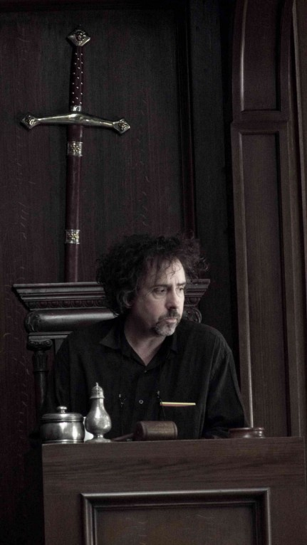Director Tim Burton On The Set Of Sweeney Todd The Demon Barber Of Fleet Street Photo Credit Peter Mountain By Dreamworks Llc And Warner Bros Entertainment Inc All Rights Reserved Photography