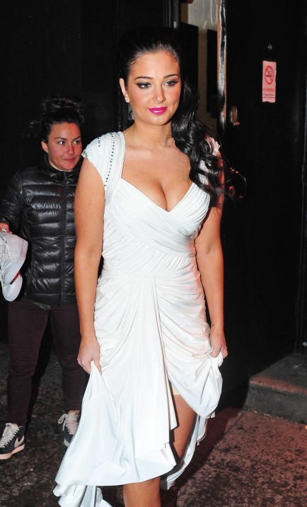 Tulisa Contostavlos Hot In White Dress