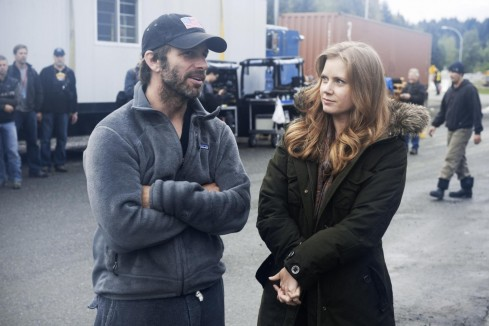 Amy Adams And Zack Snyder In Man Of Steel Eroul Large Picture