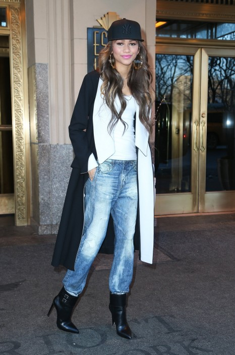 Zendaya Coleman Nyfw Yankees Fitted Dior Coat American Apparel Tank Rag And Bone Jeans Saint Laurent Boots Boyfriend